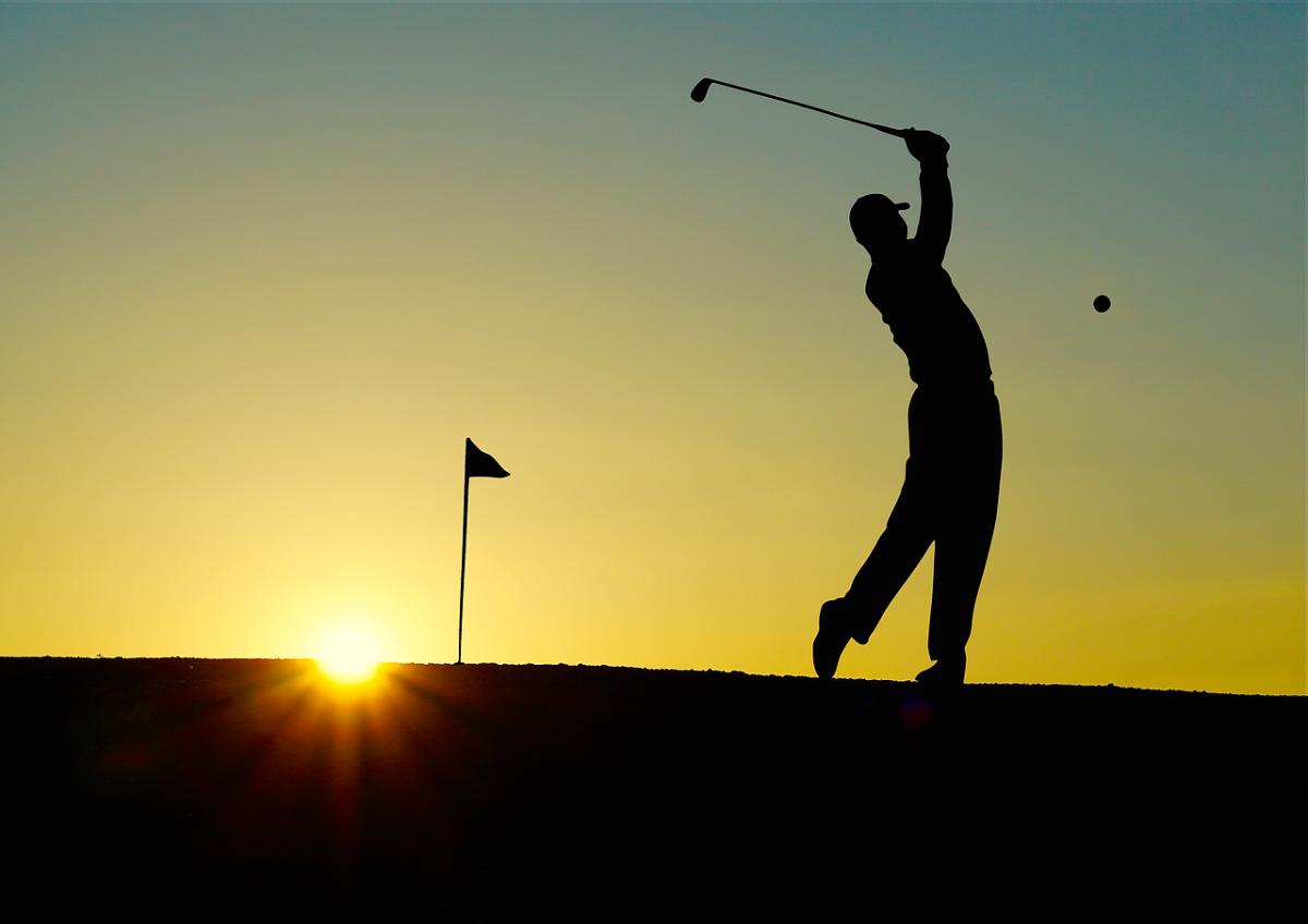 Combien faut-il dépenser pour jouer une partie de golf ?